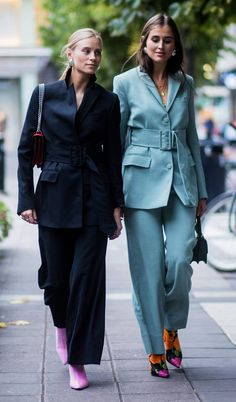 Dress For Success- How To Create A Winning Look – Fashion Trends Fashion Week, Look Fashion, Winter Fashion, Fashion Outfits, Fashion Design, Fashion Trends, Weekend Fashion, Fashion Clothes, Fashionable Outfits
