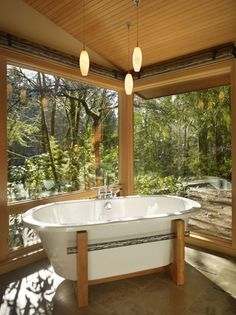 Beautiful Eco Bathtub with a view!