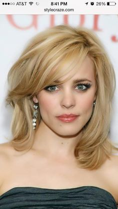 Rachel McAdams - Midlength golden blonde hair with bangs and layers
