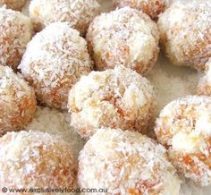 These soft apricot and coconut balls contain crushed peanuts, chunks of fluffy marshmallow, and finely chopped white chocolate. For optimu. Xmas Food, Christmas Cooking, Christmas Desserts, Christmas Foods, Christmas Recipes, Candy Recipes, Sweet Recipes, Baking Recipes, Dessert Recipes