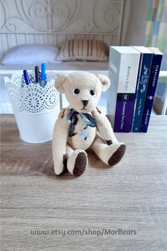 Looking for a little friend for your home or office decor? This little OOAK hand knitted teddy bear will bring a smile to your face every time you look at him. Click through for more photos of Brodie and other artist teddy bears. Teddy Bear Gifts, Teddy Bears, Knitted Teddy Bear, White Gift Boxes, Inspirational Gifts, Creative Gifts, Handmade Christmas, Pet Toys