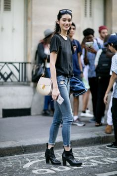 black tee & skinnies. #MingXi #offduty in Paris.