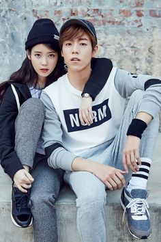 'IU' and Lee Hyun-woo's couple pictorial has been unveiled. On August casual clothing brand Unionbay has revealed their 2015 fall fashion pictorial featuring their models, 'IU' and Lee Hyun-woo. Korean Fashion Trends, Korean Street Fashion, Kpop Fashion, Asian Fashion, Lee Hyun Woo, Korean Couple, Korean Girl, Asian Actors, Korean Actors