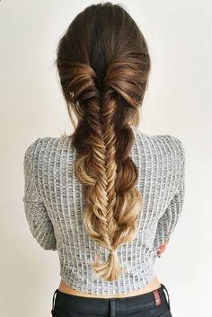 Cheveux | Coiffure | Cheveux Tressés | Cheveux Aux Extrémités Blondes | Cheveux Bruns | Cheveux Marrons | Cheveux Longs | Cheveux Miel | Cheveux Chocolat | Balayage | Highlights