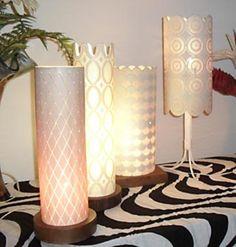 Vejam algumas dicas bem legais de como reaproveitar tubos de PVC para fabricação de diversos objetos artesanais aí em sua casa de forma bem criativa.