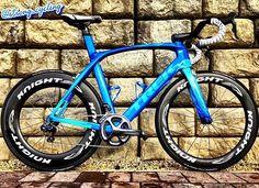 Bike of today: Trek Madone Flame!