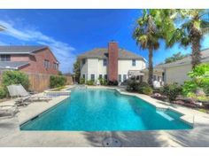 Big pool, kitchen big but odd, sink w/windows, okay house, taxes 5000, house price is right