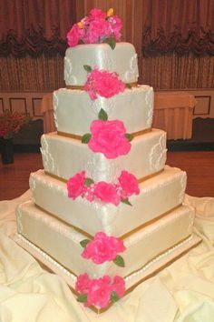 edible wedding cake decorations