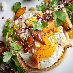 Sunday brunch inspiration from @takitokitchen in #wickerpark. The Vegetable Sope with seasonal vegetables, queso fresco, fried egg, morita salsa, pistachio and arugula #brunch #eggs #chicago #chicagofood #chicagofoodmag