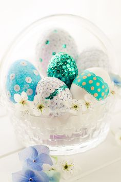 Lulu's Sweet Secrets: Sequin and Glittered Eggs. Thanks Lulu! Use any of JosyRose.com sequins to make these gorgeous eggs! http://www.josyrose.com/sc-round-1633.aspx