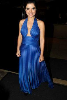 Vestido azul plissado