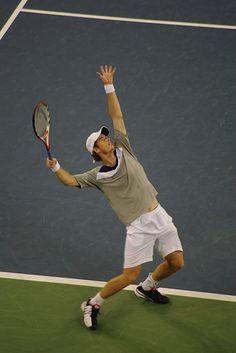 Andy Murray serving - US Open #tennis #USOpen