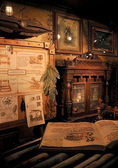 Map Room in Tokyo Disneyland, beautiful steampunk design Steampunk Interior, Steampunk Furniture, Steampunk House, Steampunk Design, Tokyo Disney Sea, Tokyo Disneyland, Zeppelin, Leagues Under The Sea, Bioshock