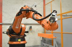 FBFX's Robotic CNC Milling Cell