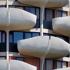 Les choux de creteil: Are these pre-cast concrete or steel and plaster? Plaster, Architecture, Concrete, It Cast, Steel, Building, Plastering, Arquitetura, Buildings