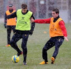 Steven Gerrard & Jordan Henderson at a snowy Melwood today. #LFC