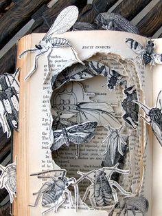 rzeźba książkowa Kelly Campbell