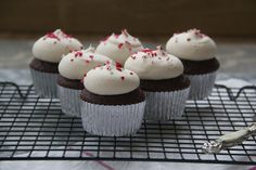 recipe: red velvet cupcakes from cake mix doctor [36]
