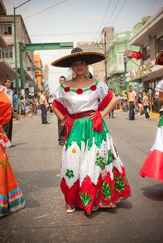 trajes de mexico tipicos | traje tipico mexicano | Flickr - Photo Sharing!
