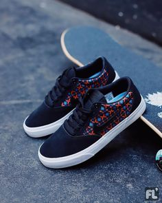 Nike SB - Chron slr pro • Art: CK0980001 • #digitalsport #shoppingonline #fluid #skate #nikesb #nike #chron #nikeshoes #shoes #sb Nike Sb, Lacoste, Adidas Skateboarding, Reebok, Men's Shoes, Nike Shoes, Converse, Unisex, Air Max