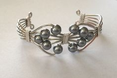 Silver color wire holds black pearls in this bracelet. $25. #inselly/nancystouchofclass Black Pearls, Silver Beads, Silver Color, Cufflinks, Wire, Touch, Bracelets, Accessories, Bangles