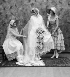 Bonnets were all the rage at the beginning of the 20th century, and it appears that matching dresses weren't as important as they are now.From Good Housekeeping