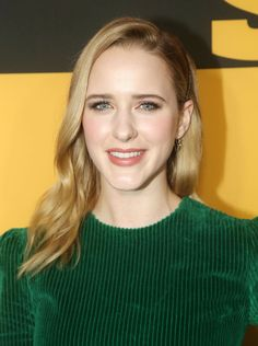 """Rachel Brosnahan Will """"Try Anything"""" When It Comes to Coloring Her Naturally Blonde Hair Reddish Blonde Hair, Platinum Blonde Hair Color, Honey Blonde Hair, Buttery Blonde, Strawberry Blonde Hair Color, Beautiful Blonde Hair, Rachel Brosnahan, Natural Blondes, Cool Hair Color"""