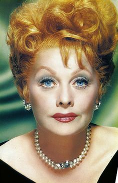 The earlier redhead and classic TV-star Lucille Ball or just Lucy Hollywood Stars, Classic Hollywood, Old Hollywood, Hollywood Icons, Hollywood Glamour, Classic Elegance, Classic Beauty, Classic Tv, I Love Lucy Show