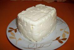 Ricota caseira 1 Litro (s) de leite desnatado 4 Colher (es) de sopa de Vinagre de vinho branco ou de maçã 4 Colher (es) de sopa de Água filtrada 2 Colher (es) de café de Sal