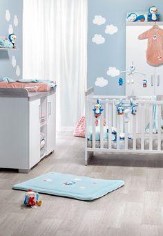 Het tijdloze meegroeibed Alisa van Transland past perfect in je baby's kamer en kan je later ook gebruiken als eenpersoonsbed!