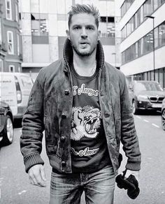 """732 Likes, 12 Comments - Tom Hardy (@allabouttomhardy) on Instagram: """"Can't believe it's already Monday good morning Hardy fam. #TomHardy"""""""