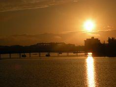 Pôr-do-sol na Lagoa do Violão.