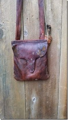 Contemporary Makers: Hunting Pouch by Curt Lyles