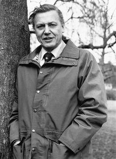 British naturalist and broadcaster Sir David Attenborough. David Attenborough, Prehistoric Creatures, Natural World, Natural History, Makes You Beautiful, Save The Planet, Celebs, Celebrities, Famous Faces