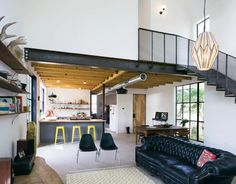 Garden St Residence-PAVONETTI Office of Kindesign.barn style with industrial interiors Beautiful Home Designs, Beautiful Interiors, Home Interior Design, Interior Architecture, Architecture Journal, Contemporary Interior, Interior Decorating, Wooden Facade, Austin Homes