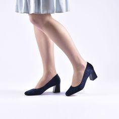 aa8e1316558 Características de los Zapatos de Tacón Bajo Daila Azul  Exterior  tela  grabada de flores