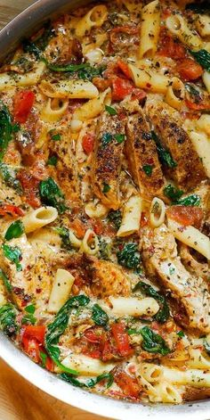 Chicken Penne Pasta with Bacon and Spinach in Creamy Tomato .- Chicken Penne Pasta with Bacon and Spinach in Creamy Tomato Sauce Chicken Penne Pasta with Bacon and Spinach in Creamy Tomato Sauce - Crock Pot Recipes, Cooking Recipes, Sauce Recipes, Cooking Ribs, Cooking Turkey, Healthy Recipes, Casserole Recipes, Meat Recipes, Healthy Meals