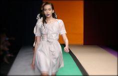 Senada* Theory : ELLE Fashion Week 2008 Spring/Summer Re-Master for Thai Fashion ; EFW s/s 08 ชมภาพทั้งหมดได้ที่ ThaiCatwalk : http://thaicatwalk.com/?p=2250None