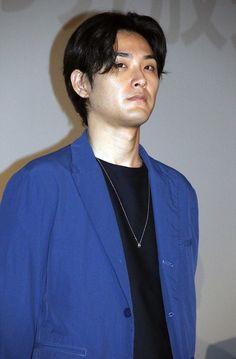 女優の松嶋菜々子さんが14日、東京都内で行われた主演を務める連続ドラマ「営業部長 吉良奈津子」(フジテレビ系)の第1話完成披露試写会に登場した。実生活で2人の...