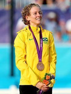 Yane Marques no pódio em Londres: 1ª medalha do  Brasil no pentatlo moderno (Foto: Getty Images).