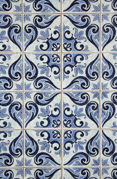 Faithful Portuguese Painted Clay Azulejos Tiles Mural Panel Correio Mor Kitchen Animals Tiles Antiques