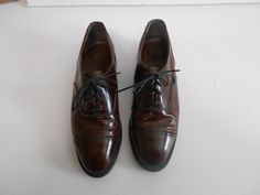 Nunn Bush Wingtip Brown Leather Lace Up Shoes Oxfords Sz 8 D Medium 9259 Leather And Lace, Brown Leather, Lace Up Shoes, Dress Shoes, Medium Brown, Oxfords, Oxford Shoes, Formal, How To Wear
