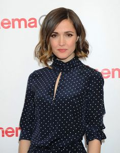 Rose Byrne's wavy bob haircut