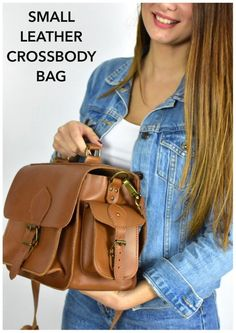 A vintage leather bag , ideal for students and professionals which both are looking for facilitation, comfort and timeless fashion satchel. Leather Bags, Leather Crossbody Bag, Leather Backpack, Messenger Bags For School, Briefcase Women, Dslr Camera Bag, Leather Products, Briefcases, Men's Backpack