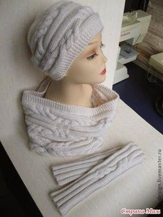 Caps by Ryan - Country Mom Crochet Hood, Crochet Yarn, Scarf Hat, Beanie, Bennies Hats, Knitted Beret, Knit Art, Cute Scarfs, Knitting Accessories