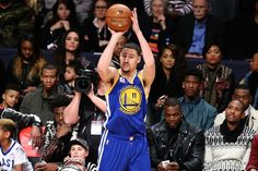 Throw down: Now you can experience NBA All-Star weekend in VR     - CNET Will Klay Thompson be able to defend his three-point shooting title during NBA All-Star weekend?                                                      Getty Images                                                  Wanna see Golden State Warriors All-Star sharpshooter Klay Thompson win his second straight three-point contest in virtual reality?  Or how about the Orlando Magics high-flying Aaron Gordon throwing it down…