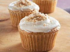 Enjoy these delicious pecan cupcakes with brown butter frosting – a perfect dessert to be served at your next party.