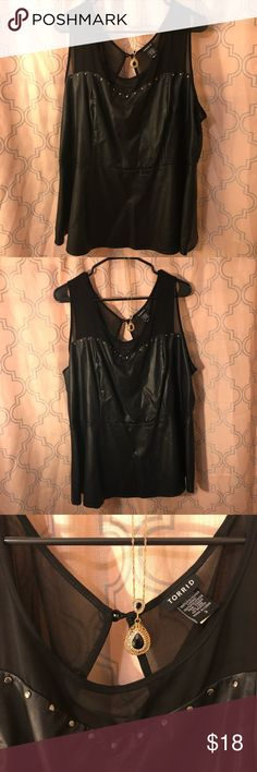 👚👡Torrid size 3, plus size peplum pleather top! Gorgeous peplum pleather top from Torrid. Button fastened in the back, sheer material on the top with tiny silver sequins. Worn once, very comfortable fit! torrid Tops Blouses