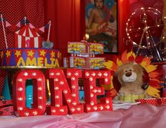 "Circus / Carnival / Birthday ""Amelia's Circus Party "" 