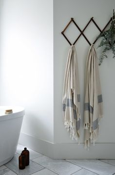 MÛR lifestyle lookbook - create a spa-like setting in your bathroom at home